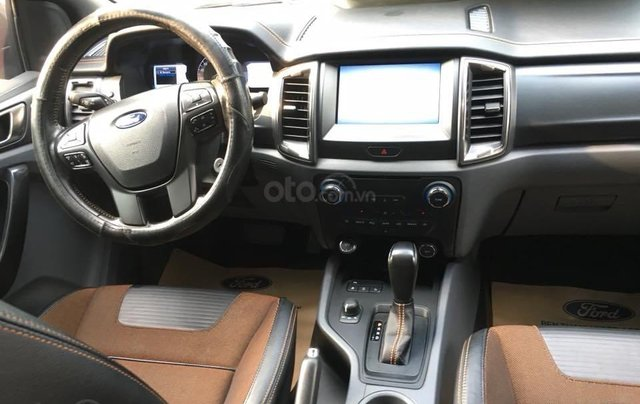 Xe Ford Ranger Wildtrak 3.2l 4x4 đời 2016, màu bạc nhập khẩu nguyên chiếc giá thương lượng hotline 09012678552