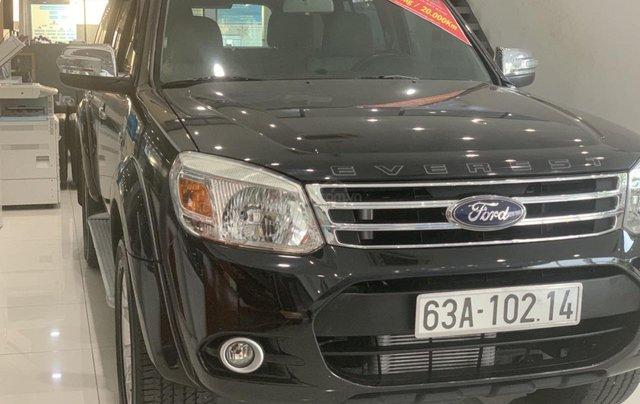 Cần bán gấp Ford Everest 2.4L MT đời 2014, màu đen mới 95% giá cả thương lượng Hotline 09012678551