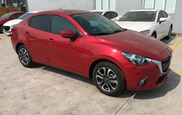 Mazda 2 hàng nhập Thái giá cực tốt thêm ưu đãi tháng 114
