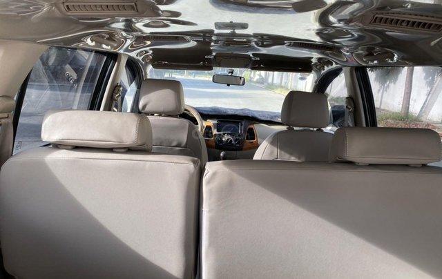 Bán ô tô Toyota Innova đăng ký 2011, màu vàng, mới 95%, giá tốt 370 triệu đồng10