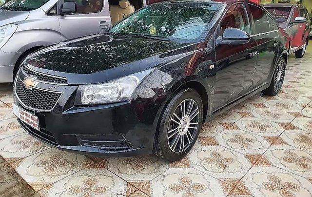 Cần bán Chevrolet Cruze LS 1.6 MT đời 2010, màu đen 0