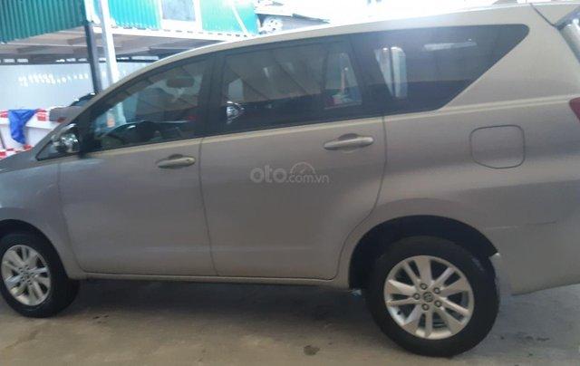 Bán ô tô Toyota Innova E sản xuất năm 2016, màu bạc2