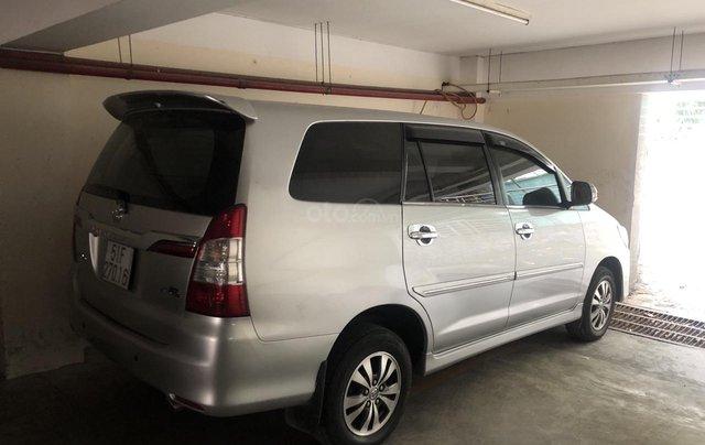 Bán xe Toyota Innova E gia đình trùm mền1