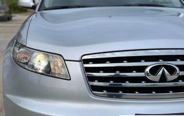 Cần bán Infiniti Fx35 màu bạc sản xuất 2006 đăng ký 2009 nhập khẩu Nhật Bản - liên hệ 09768889781