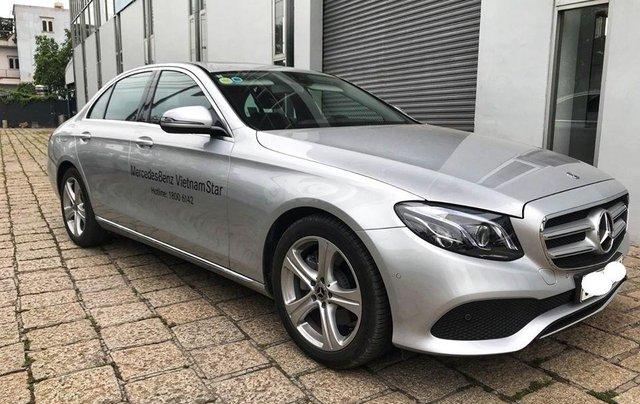 [Big Sale] đại lý thanh lý Mercedes E250 thanh toán 700tr tặng bảo hiểm 1 năm, LH 09082998296