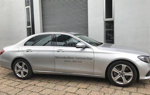 [Big Sale] đại lý thanh lý Mercedes E250 thanh toán 700tr tặng bảo hiểm 1 năm, LH 09082998297