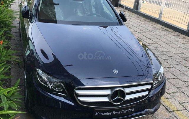 [Big Sale] đại lý thanh lý Mercedes E250 thanh toán 700tr tặng bảo hiểm 1 năm, LH 090829982911