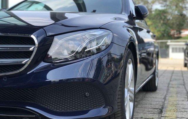 [Big Sale] đại lý thanh lý Mercedes E250 thanh toán 700tr tặng bảo hiểm 1 năm, LH 090829982914