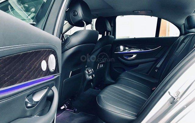 [Big Sale] đại lý thanh lý Mercedes E250 thanh toán 700tr tặng bảo hiểm 1 năm, LH 090829982917