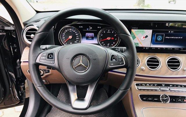 Cần bán xe Mercedes E 200 2019, siêu lướt mới như vừa dắt hãng ra16