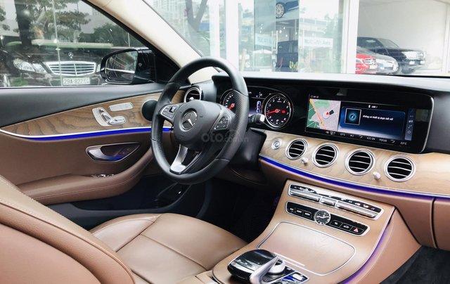 Cần bán xe Mercedes E 200 2019, siêu lướt mới như vừa dắt hãng ra20