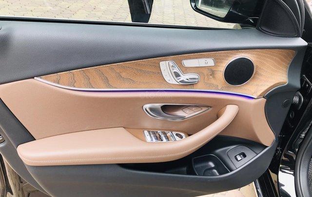 Cần bán xe Mercedes E 200 2019, siêu lướt mới như vừa dắt hãng ra12