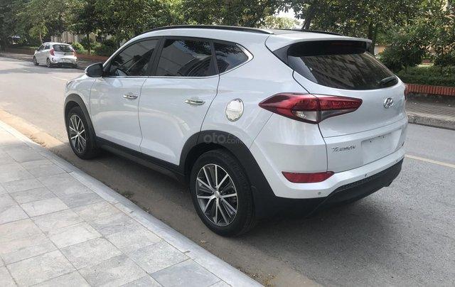 Bán Hyundai Tucson 2015 nhập khẩu bản đủ, màu trắng0