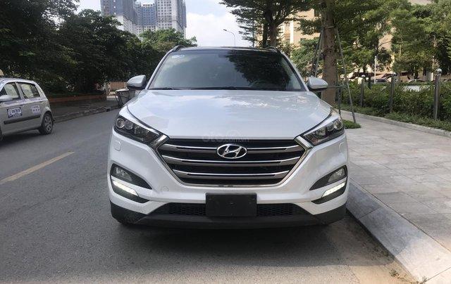 Bán Hyundai Tucson 2015 nhập khẩu bản đủ, màu trắng2