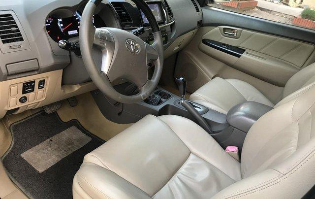 Bán Toyota Fortuner V một cầu số tự động model 20133