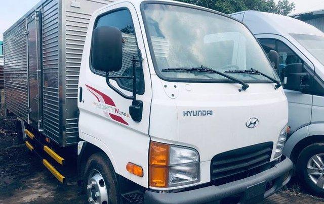 Bán Hyundai Mighty N250SL năm sản xuất 2019, màu trắng, xe có sẵn, giao nhanh8