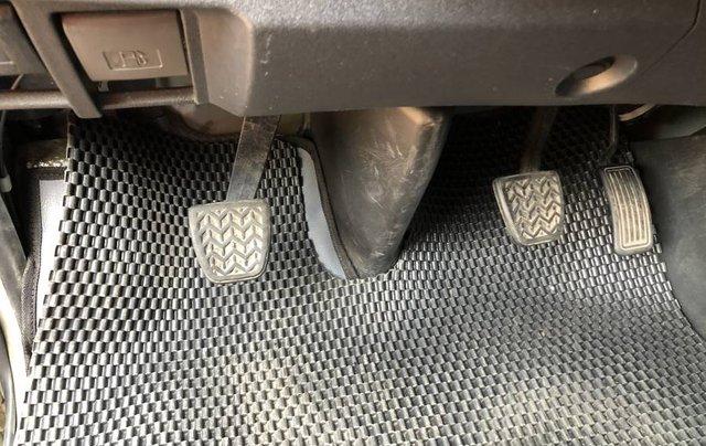 Bán ô tô Toyota Hiace 2010, màu bạc số sàn giá cạnh tranh15