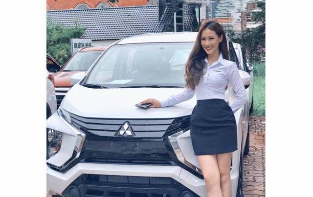 Cần bán xe Mitsubishi Xpander MT đời 2019, màu trắng, nhập khẩu nguyên chiếc0