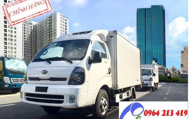Bán Thaco Kia thùng đông lạnh sản xuất 2019, màu trắng, nhập khẩu nguyên chiếc0