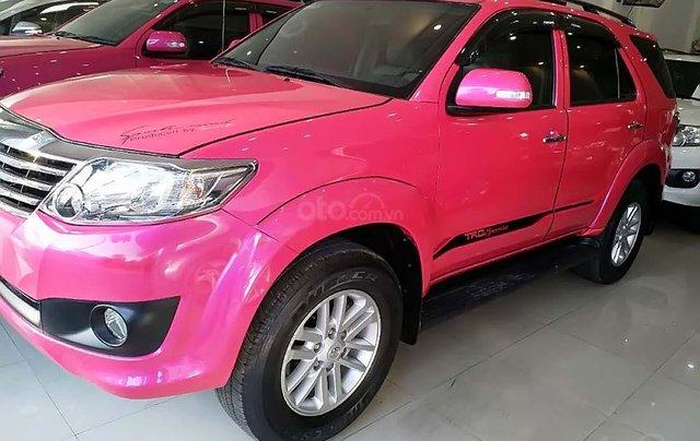 Bán xe Toyota Fortuner 2.7V 4x2 AT năm sản xuất 2013, màu hồng số tự động, giá tốt0