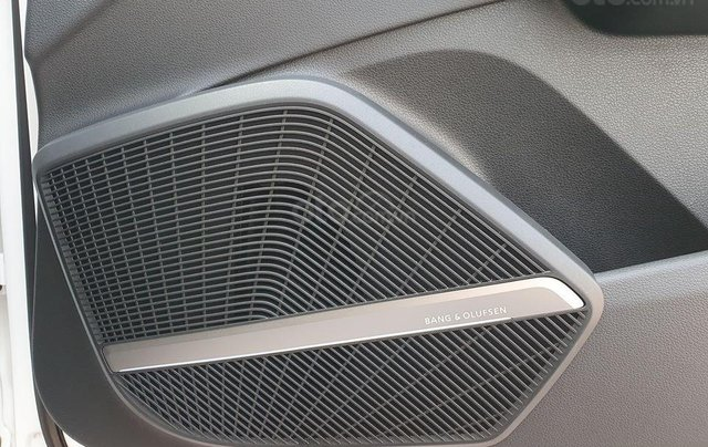 Cần bán xe Audi Q5 2.0 Quattro đời 2018, màu trắng, nhập khẩu9