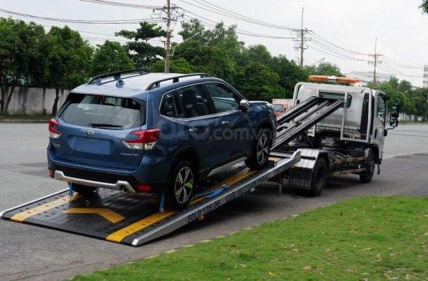Cần bán xe Subaru Forester 2.0i-L (xe mới 100%)3