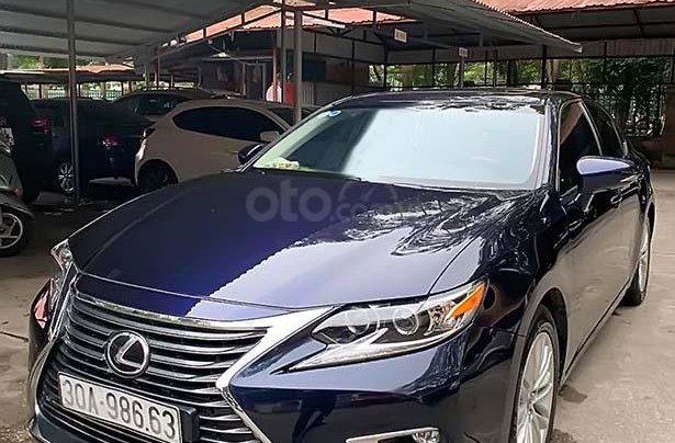 Bán Lexus ES 250 đời 2016, màu xanh lam, xe nhập, chính chủ0