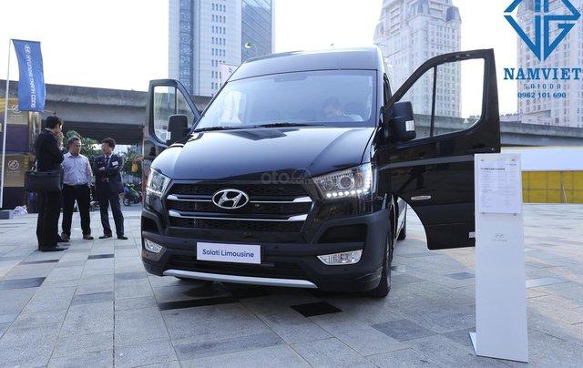 Cần bán Hyundai Solati đời 2019, màu đen3