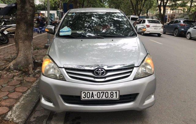 Bán Toyota Innova năm sản xuất 2009, màu bạc, liên hệ 09088019840