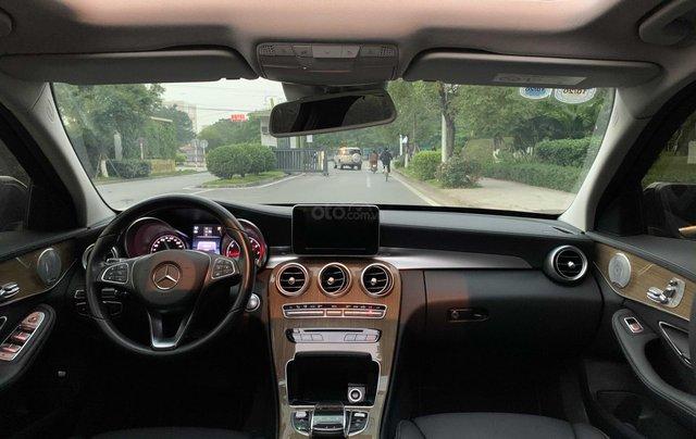 Bán xe Mercedes C250 model 20178