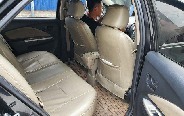 Bán Toyota Vios E xịn, xe gia đình, không taxi dịch vụ, din đẹp cả xe 09646743314