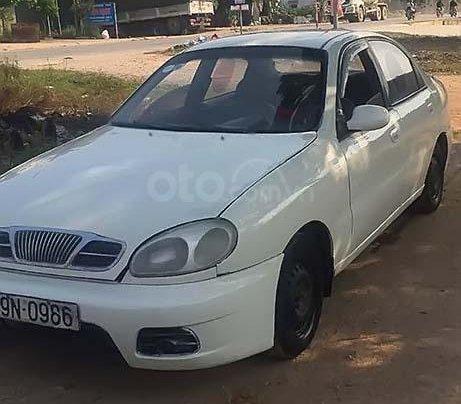 Bán ô tô Daewoo Lanos sản xuất 2001, màu trắng, nhập khẩu0