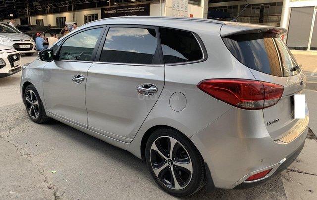 Hãng bán Kia Rondo GATH 2.0AT, đời 2016, màu bạc, biển Sài Gòn3
