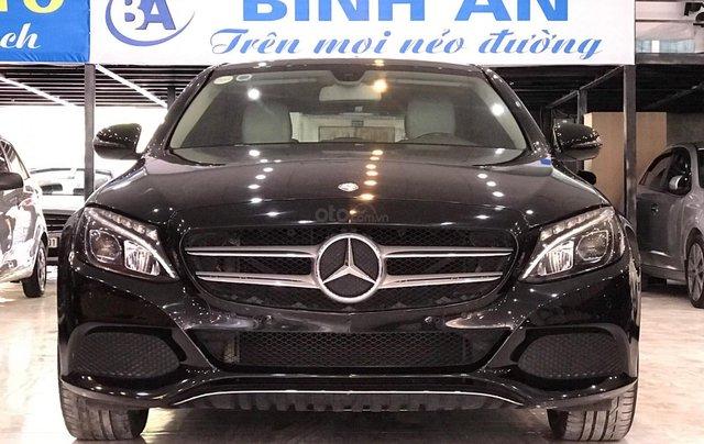 Bán ô tô Mercedes-Benz C class sản xuất 2016, màu đen xe nhập giá 1 tỷ 155 triệu đồng0