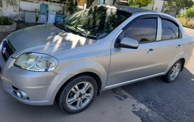 Cần bán lại xe Chevrolet Aveo đời 2013, màu bạc xe gia đình giá tốt 219 triệu đồng1