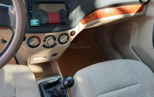 Cần bán lại xe Chevrolet Aveo đời 2013, màu bạc xe gia đình giá tốt 219 triệu đồng4