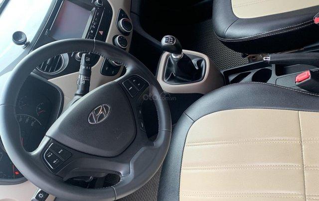 Cần bán Hyundai Grand i10 1.0 sản xuất năm 2016, màu trắng, xe nhập3