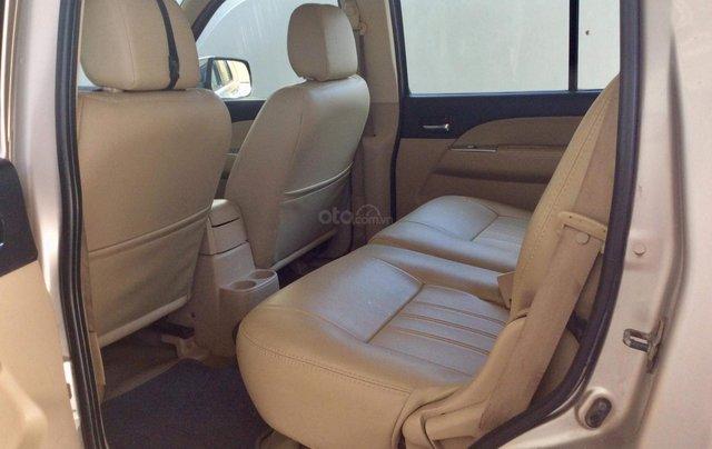 Cần bán xe Ford Everest sản xuất 2009, màu hồng phấn giá rẻ3