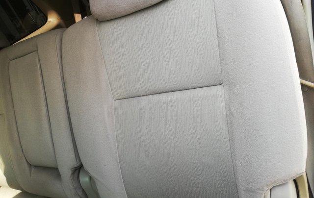 Gia đình cần bán Innova G xịn 201010