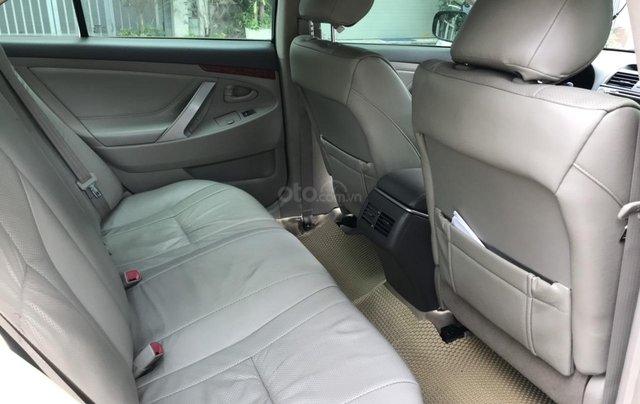 Cần bán xe Toyota Camry 2.4G sản xuất năm 2010, màu đen, 566 triệu9