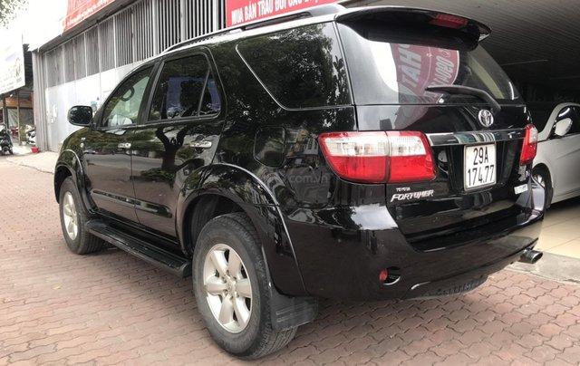 Bán xe Toyota Fortuner 2.5G sản xuất năm 2011, màu đen6