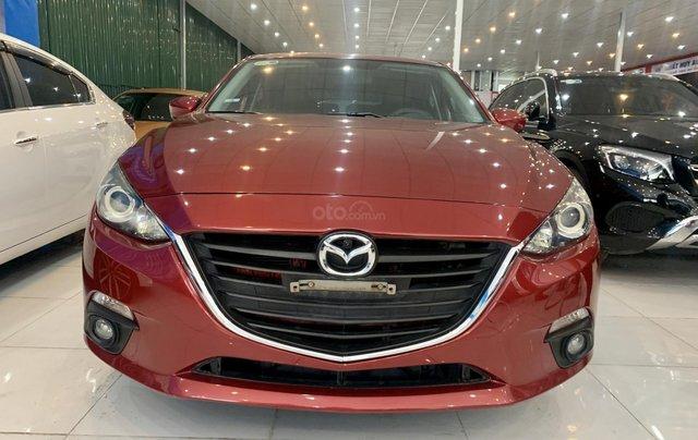 Cần bán Mazda 3 1.5 Hatchback đời 2015, màu đỏ1