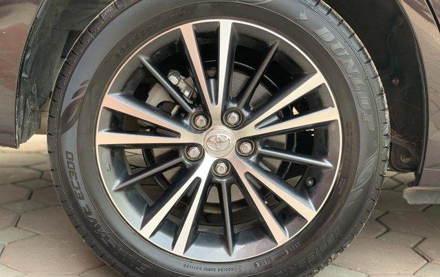 Bán ô tô Toyota Corolla Altis 1.8G 2019, màu nâu4