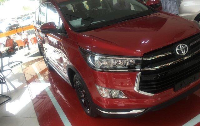 Toyota Innova 2.0 Ventuner - Khuyến mãi tiền mặt - Tặng phụ kiện - Xe giao ngay2
