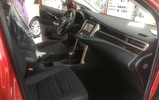 Toyota Innova 2.0 Ventuner - Khuyến mãi tiền mặt - Tặng phụ kiện - Xe giao ngay3