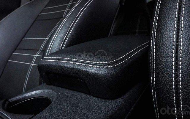 Bán Mercedes CLA200 màu trắng sản xuất 2016 nhập khẩu - Liên hệ 097688897817