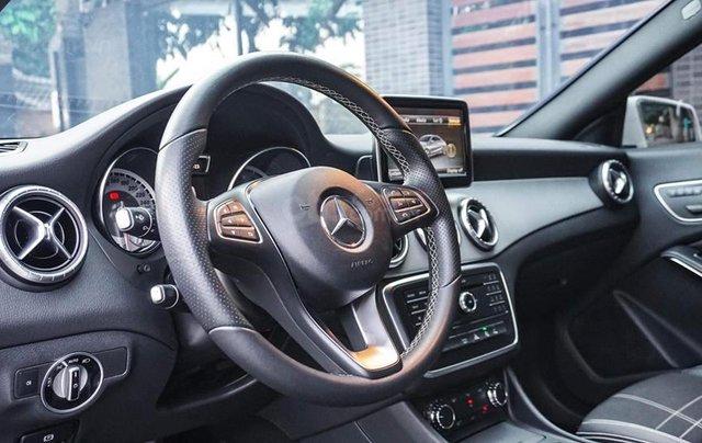 Bán Mercedes CLA200 màu trắng sản xuất 2016 nhập khẩu - Liên hệ 097688897818