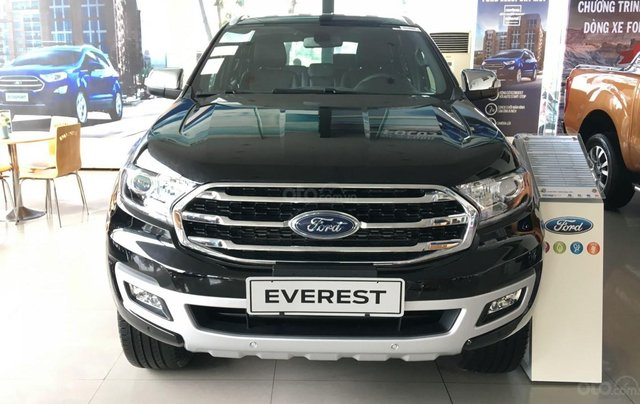 Ford Everest 2019 ưu đãi 50-100tr0