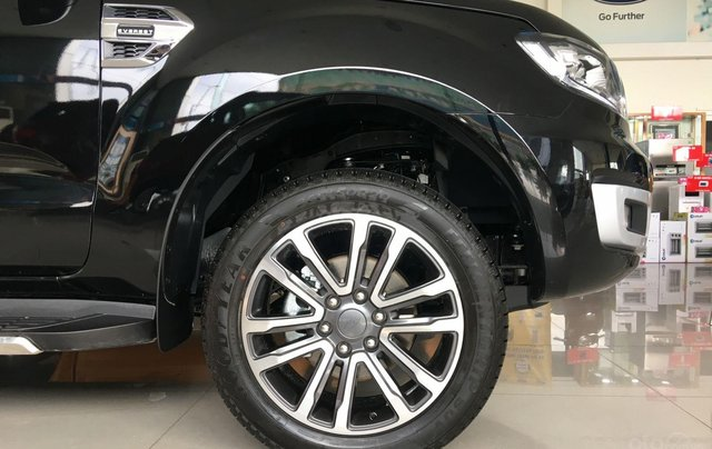 Ford Everest 2019 ưu đãi 50-100tr5