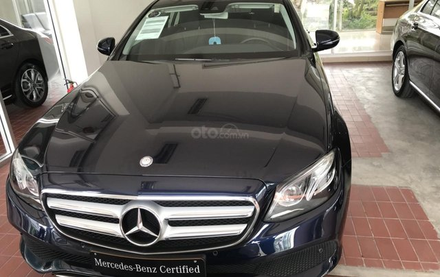 Cần bán Mercedes E200 2019 chỉ đóng thuế 2% trả trước 650 triệu, gọi ngay 09082998290